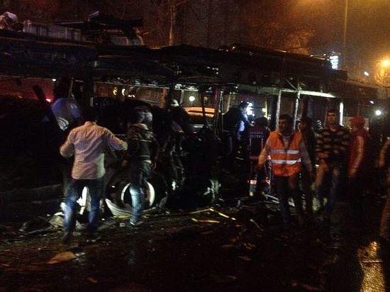 В Анкаре произошел теракт, десятки жертв: онлайн-трансляция