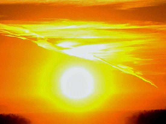 Астрономы заглянули в будущее: Солнце поглотит Землю, став красным гигантом