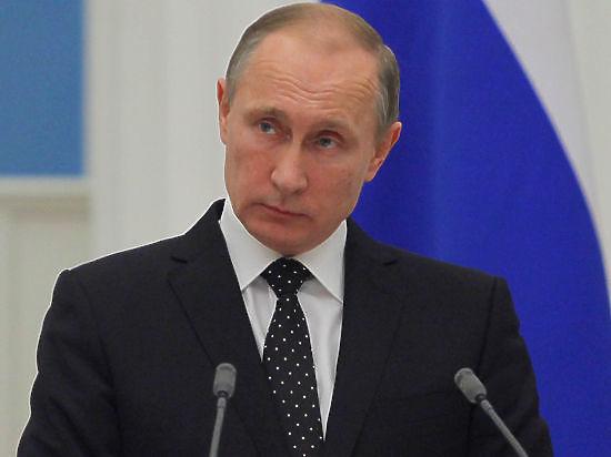 СМИ: Путин обсуждал ночью с экономическим блоком создание ледокольного флота