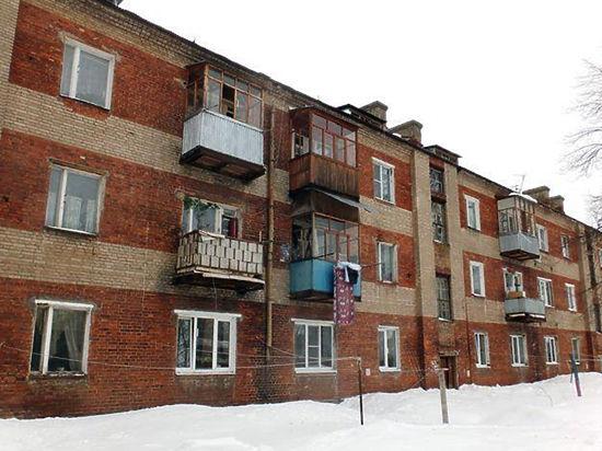 В трехэтажном доме в Красноармейске рухнули опоры