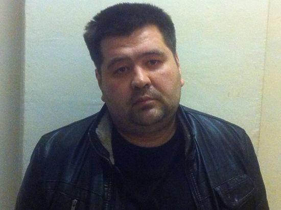 Отставной полицейский назначал встречи для афер возле Петровки,38
