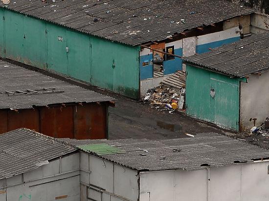 Беспредел чиновников: в Москве без предупреждения сносят частные гаражи