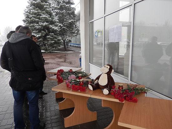В аэропорту Ростова-на-Дону обсуждают горевший двигатель самолета