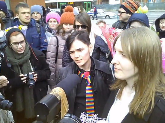 Свадьба трансгендеров потрясла московский загс