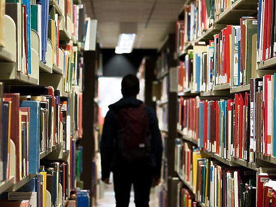 Библиотекари восстали против рабочего дня до десяти вечера