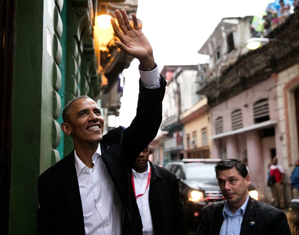 Исторический визит Обамы на Кубу символично сопровождал проливной дождь