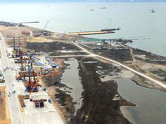 Таран Керченского моста: турецкий сухогруз задержан, капитан вел себя вызывающе