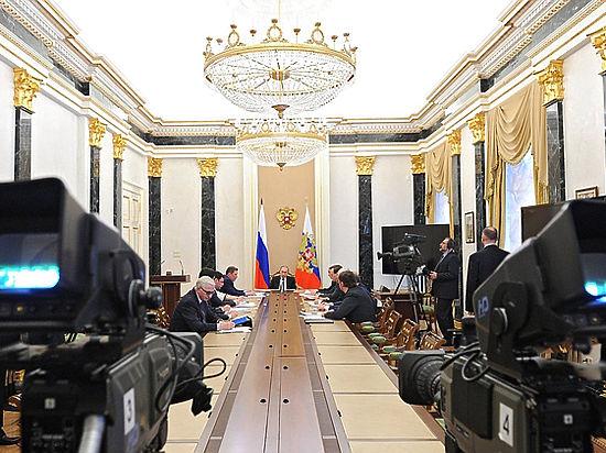 Путин собрал силовиков и бизнесменов, чтобы облегчить жизнь предпринимателей
