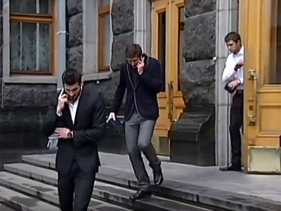 Что подарил Порошенко украинским футболистам -