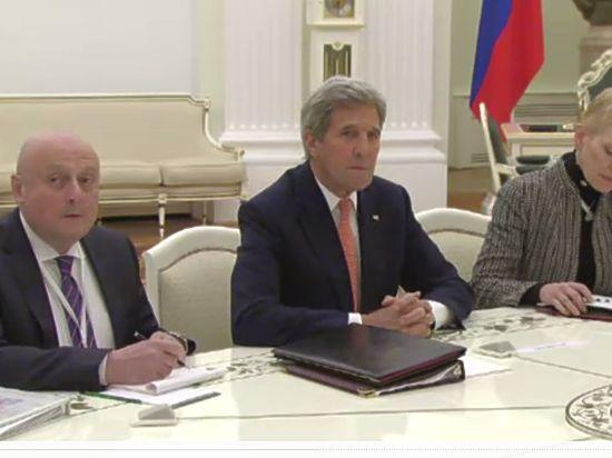 Керри в Москве рассказал об условиях снятия санкций с России