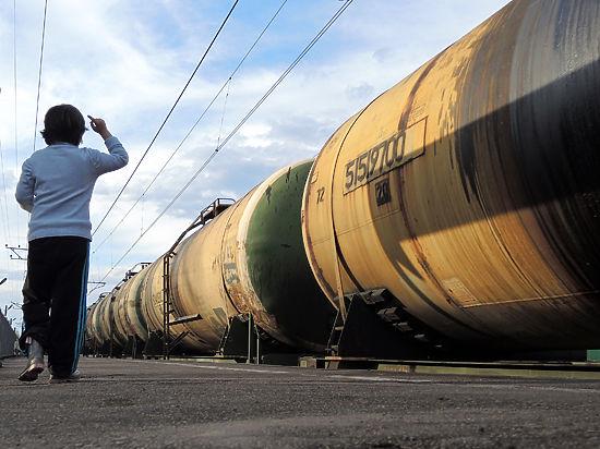 Нефть подорожала благодаря России и Америке
