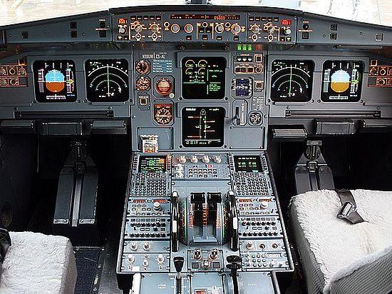 Захват египетского самолета на Кипре: онлайн-трансляция