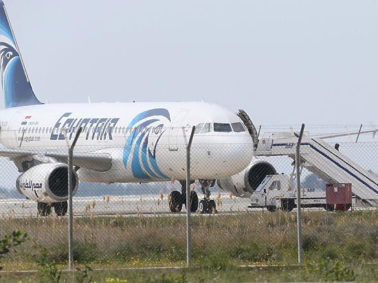 «Он не террорист, он идиот»: власти Кипра прокомментировали угон самолета EgyptAir
