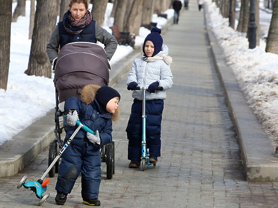 Первенцам достается любовь родителей, а младшим братьям низкая самооценка