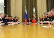 Владимиру Путину пришлось потрудиться, чтобы ознакомиться с новинкой уральских автомобилестроителей, работающих на гособоронзаказ