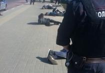 """Эксклюзивные фото с места задержания предполагаемых участников бойни на Хованском кладбище удалось сделать репортерам """"МК"""""""