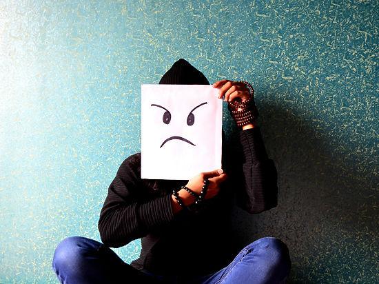 Травля в соцсетях и вокруг: кто скрывается под личиной троллей