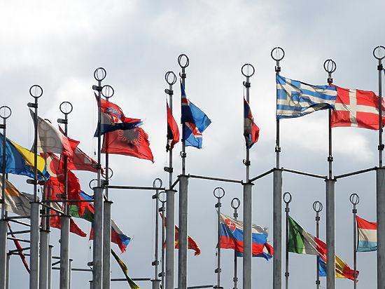 ВСенате Франции пояснили, почему поддержали смягчение санкций противРФ