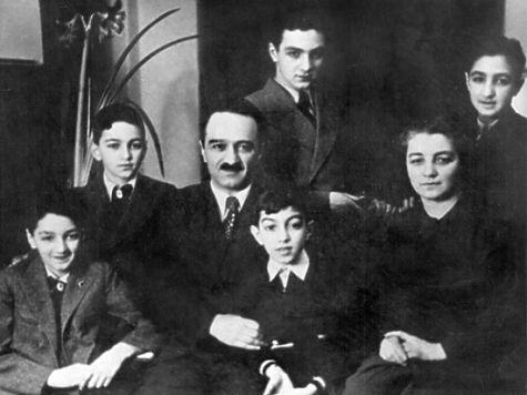 Картинки по запросу сыновья сталинского Политбюро картинки