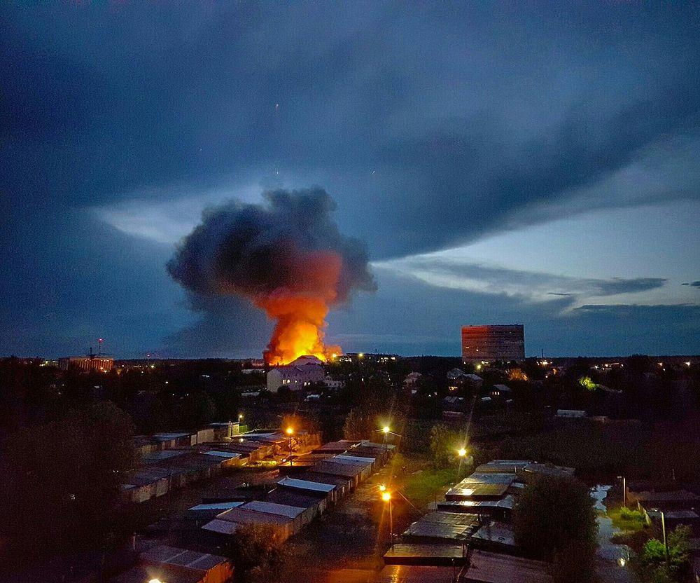 При тушении пожара во Фрязино героически погибли двое огнеборцев