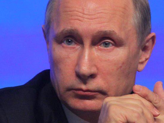 Композитор Дашкевич оценил игру Путина на фортепиано: