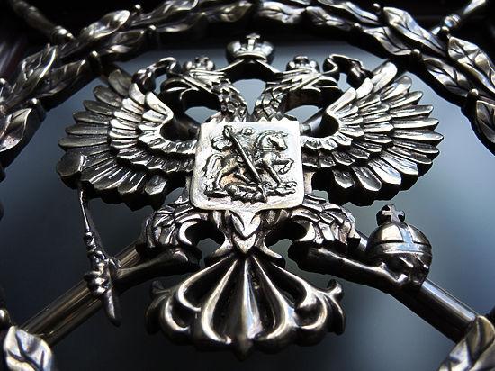 Госдума приняла закон о коллекторах: должник сможет послать их официально