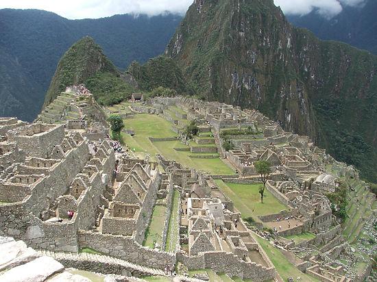 Таинственные наскальные рисунки обнаружены в Перу