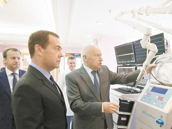 Премьер принял близко к сердцу проблемы отечественной медицины
