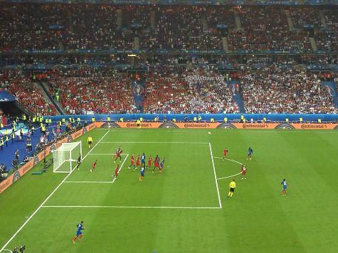 Португалія  стала чемпіоном Європи перемігши збірну Франції з рахунком 1:0, фото-2