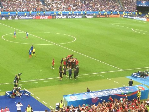 Португалія  стала чемпіоном Європи перемігши збірну Франції з рахунком 1:0, фото-1