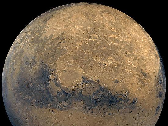 Специалист NASA заявил, что на Марсе есть жизнь