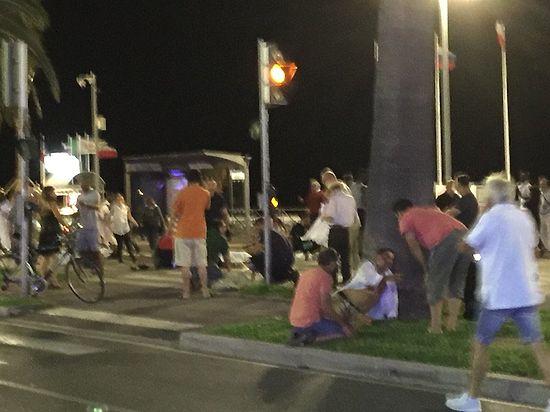 Теракт в Ницце, более 80 погибших: онлайн-трансляция