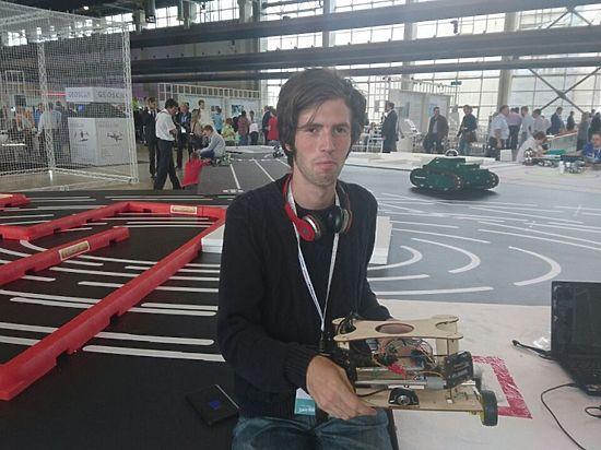 Томские студенты создали дрона для ремонта мелких дорожных ям