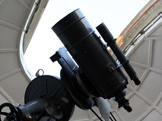 В ОИЯИ изготовлен телескоп для измерения черенковского излучения