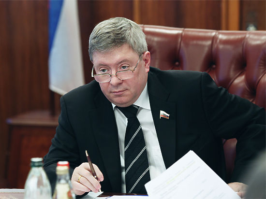 Зампреда ЦентробанкаРФ обвинили всвязях сОПГ