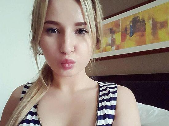 Порноактрисы из москвы в контакте