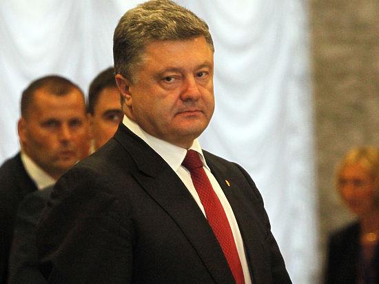 Петр Порошенко принял решение срочно пообщаться сВладимиром Путиным