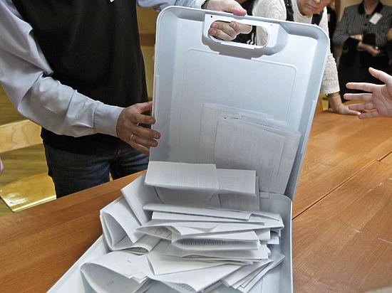 Зачем ПАРНАС и «Яблоко» распугивают своего избирателя призывами вернуть Крым