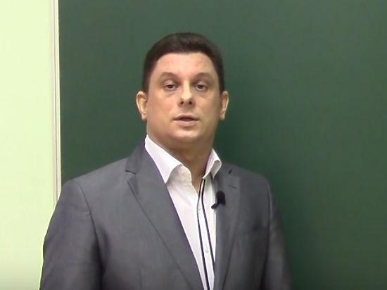 Начальник гимназии №415 снята сдолжности заподделку оценок