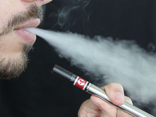 Электронные сигареты оказались вредны для сердца
