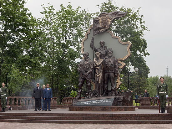 Монумент погибшим ополченцам взорвали вЛНР
