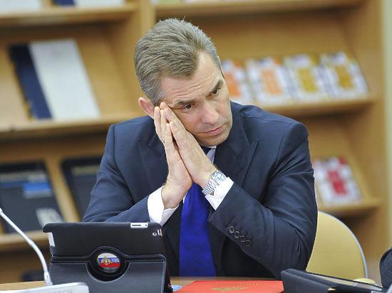 Астахов уходит, но никак не уйдет