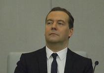 Пресс-секретарь председателя правительства России Дмитрия Медведева Наталья Тимакова поспешила успокоить страсти, вспыхнувшие вокруг сообщений о том, что резиденция Миловка под Плесом, расположенная на Волге в Ивановской области, на которой отдыхал премьер, является его личной собственностью