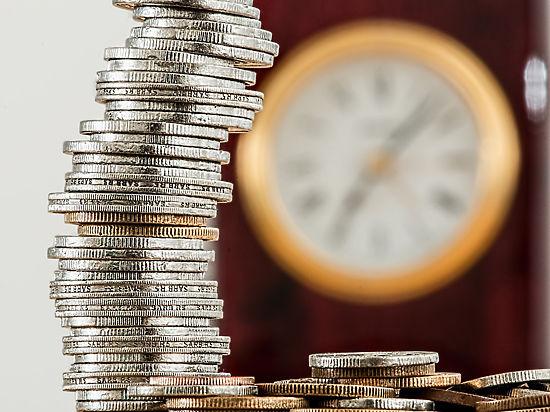 Специалисты посоветовали, как спасти сбережения в кризис