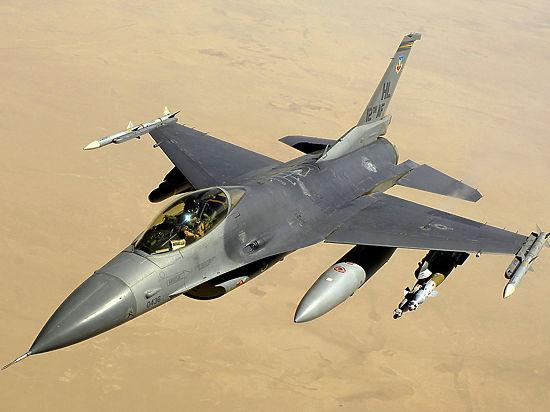 Дания подтвердила участие своих истребителей в ударе по армии Сирии