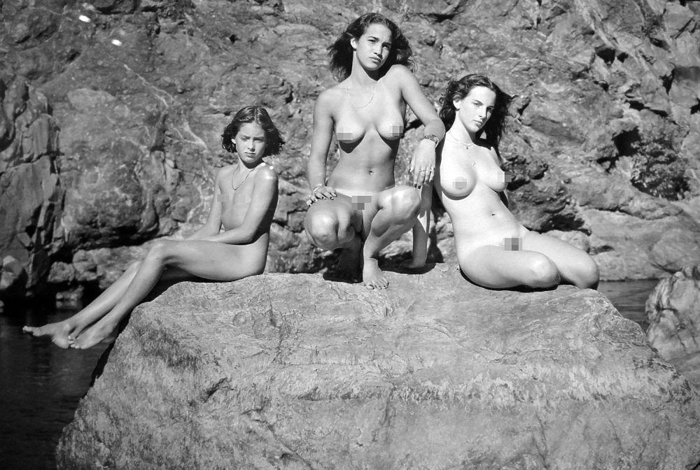 vistavka-fotografiy-erotika
