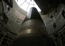Россия и Северная Корея не придерживаются принципа сохранения на планете ядерной стабильности и представляют угрозу для США, заявил глава Пентагона Эштон Картер