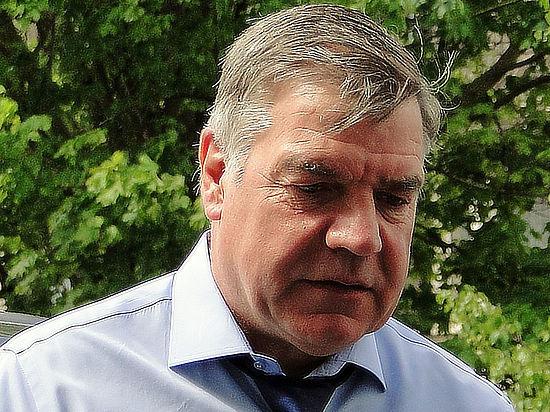 Главный тренер сборной Англии Сэм Эллардайс был уволен с поста спустя 67 дней после назначения