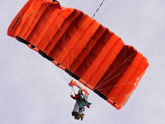 ВТаиланде впроцессе прыжка спарашютом разбился русский спортсмен