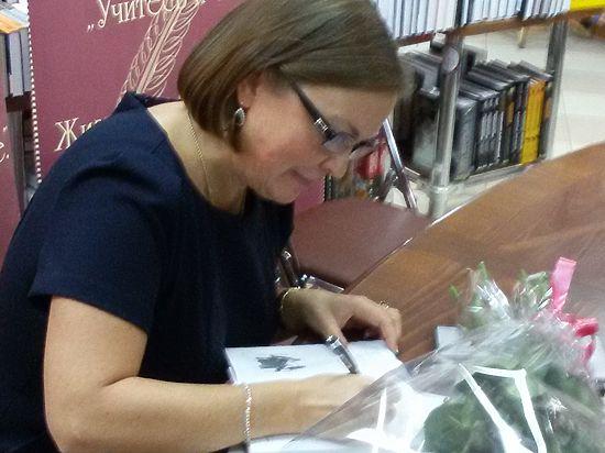 Первая книга Юлиана Cеменова родилась заново